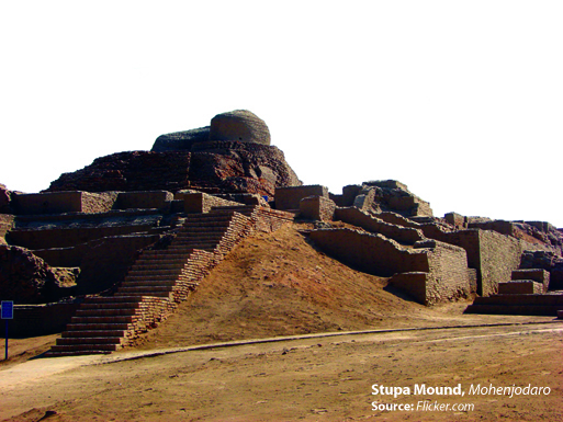 Stupa Mound, Mohenjodaro. Source-  Flickr.com